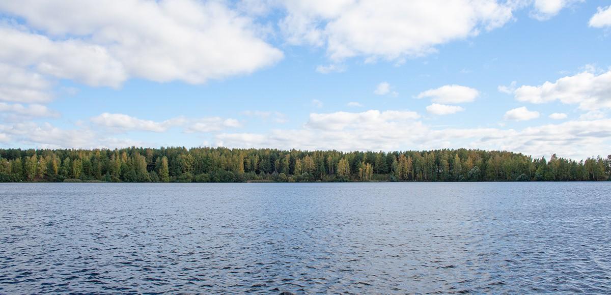 Вид с курорта Пирогово на Клязьминское водохранилище