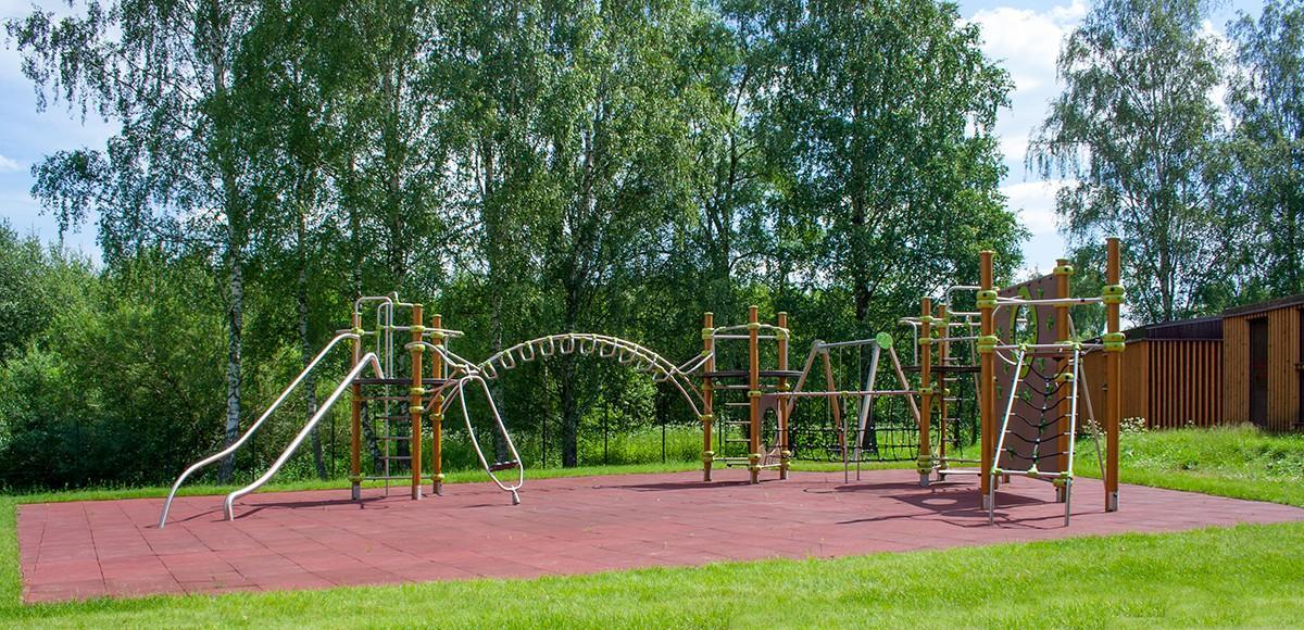 Спортивная площадка поселка Кристалл Истра